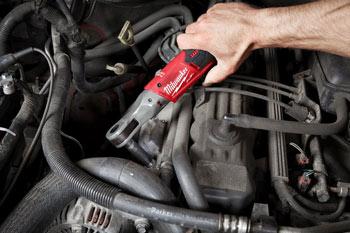 Akumulatorska udarna račna 1/2 M12-FIR12 vijačenje avtomobila